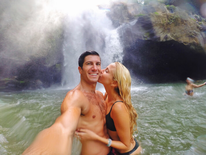 couples coordinates bali guide 11_tegenungan_waterfall