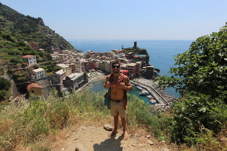 couples coordinates the ultimate guide to hiking cinque terre vernazza