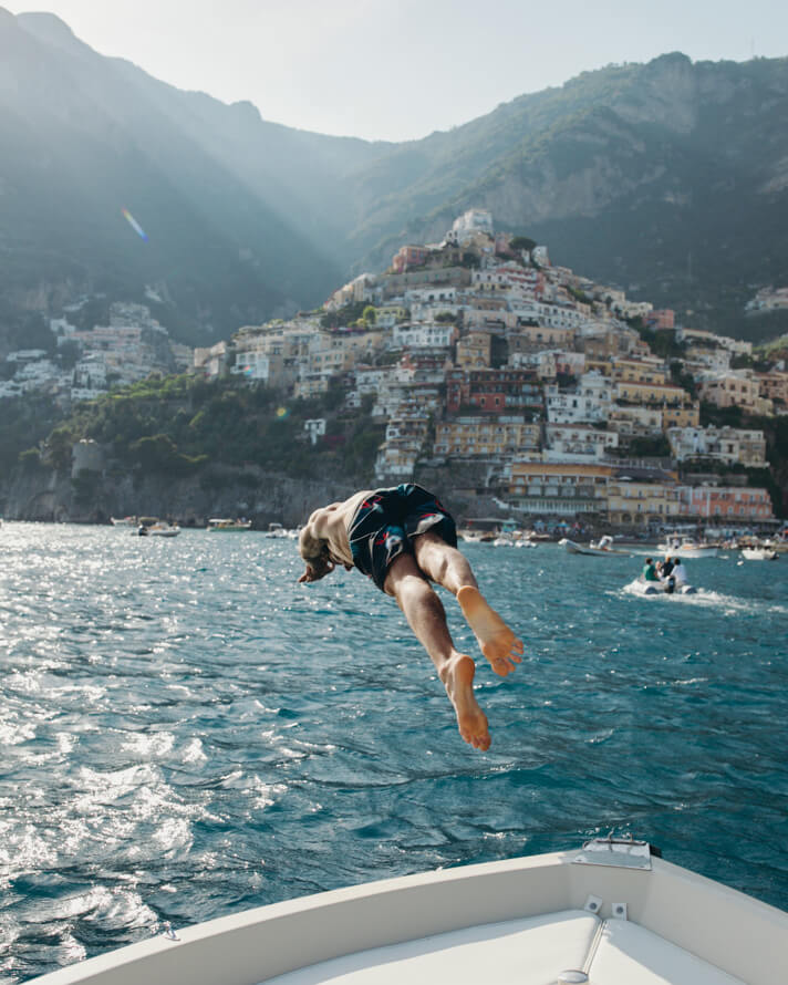 couples_coordinates_michael_diving_positano_romantic things to do in positano
