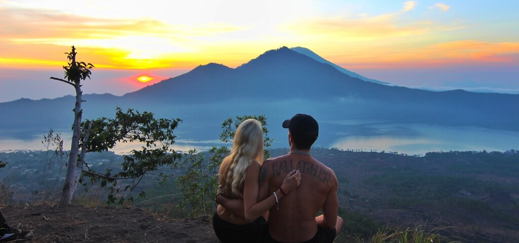 couples coordinates at mt batur sunrise hike