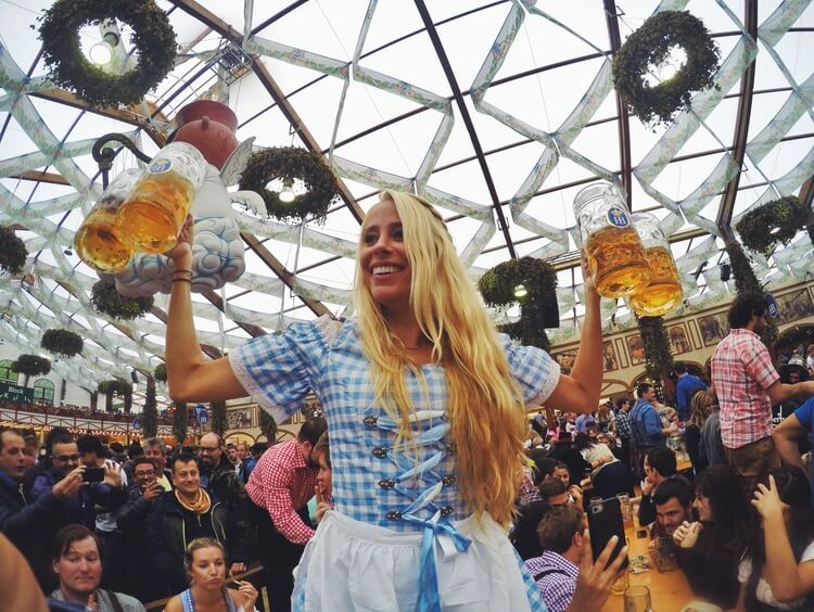 couples_coordinates_oktoberfest_guide_5