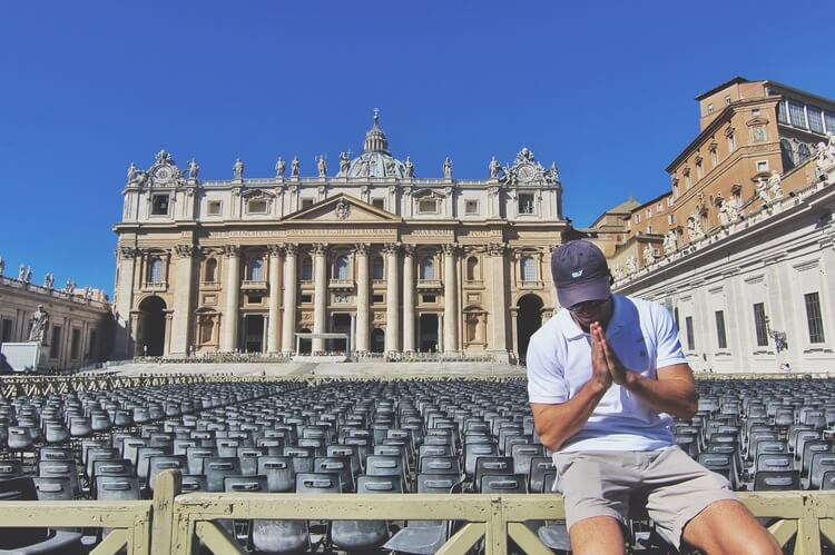 couples coordinates rome guide st. peter's basilica at the vatican in vatican city