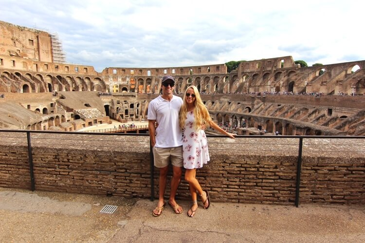 rome guide couples coordinates at the colosseum in rome italy