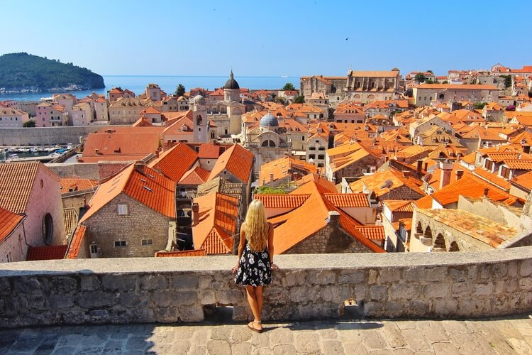 couples_coordinates_trump_travel_ban_alex_dubrovnik_croatia