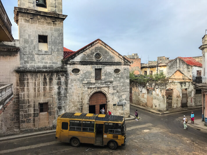 couples_coordinates_10_things_you_need_to_know_before_traveling_to_cuba