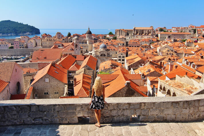couples_coordinates_trump_travel_ban_dubrovnik_croatia