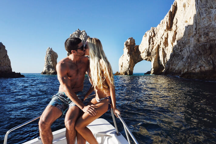 couples_coordinates_cabo_travel_guide