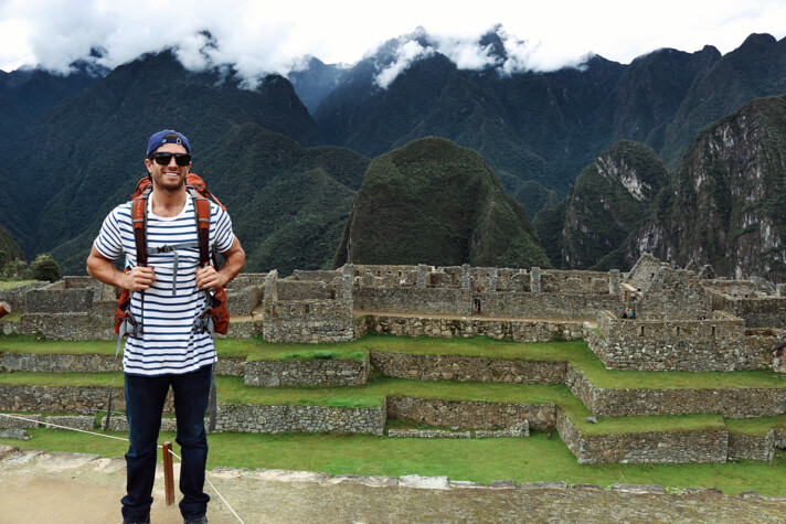 couples coordinates packing tips michael hiking with osprey 55l backpack at machu picchu