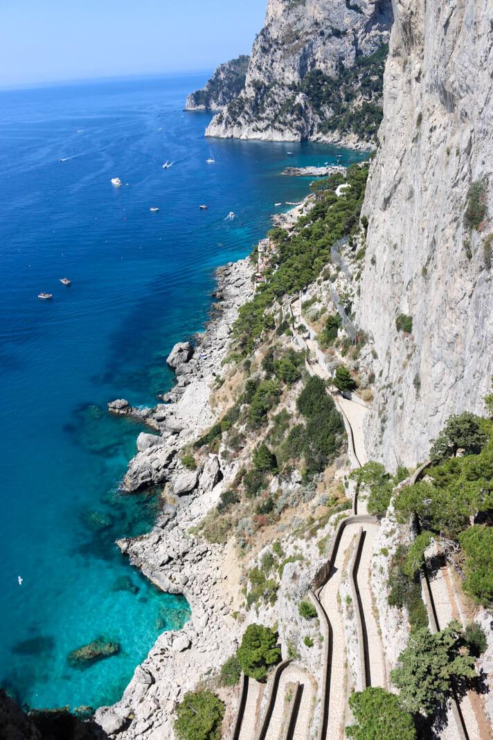 couples_coordinates_capri_day_trip_