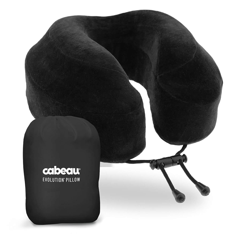 couples_coordinates_carry-on_essentials_cabeau_neck_pillow