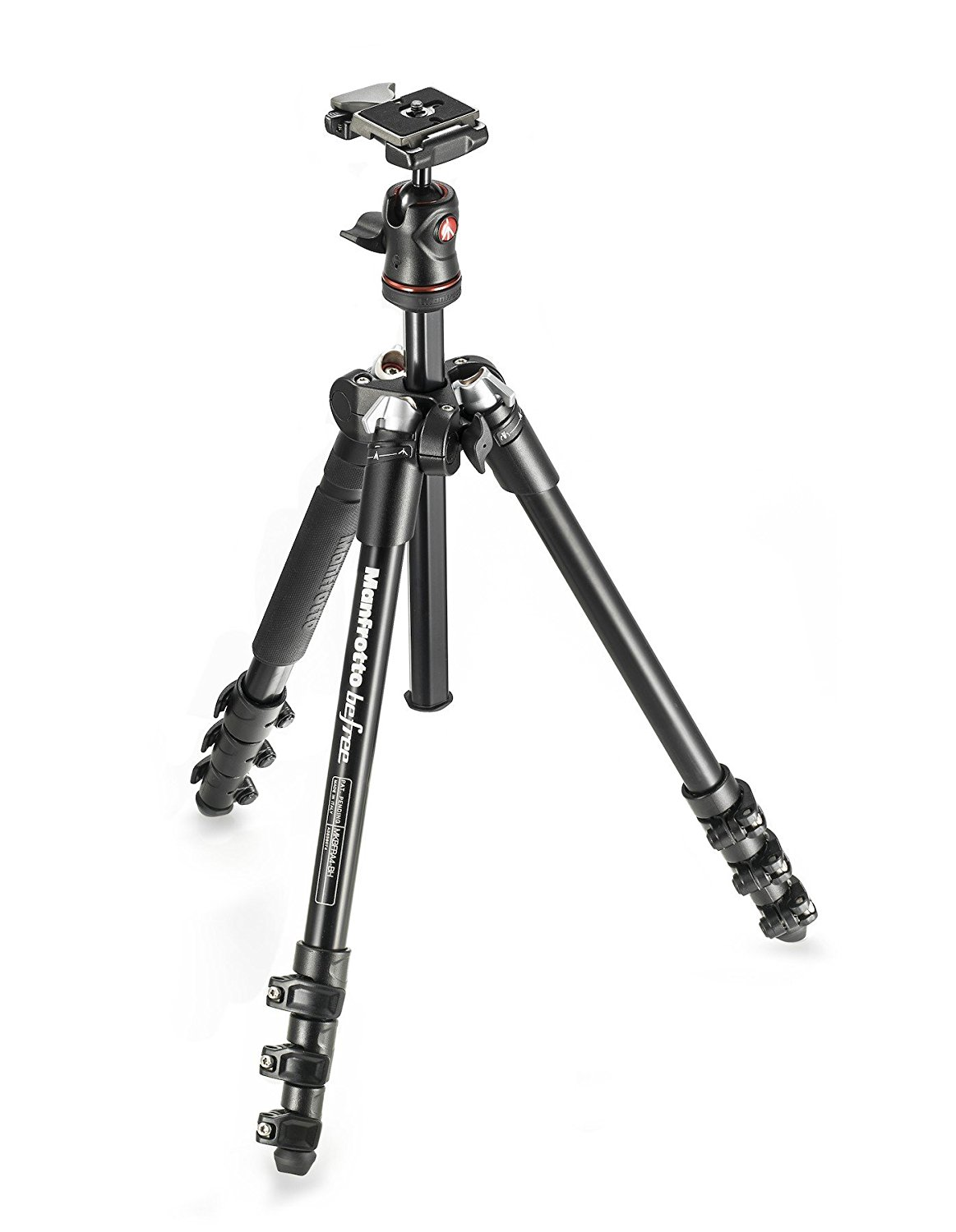 couples_coordinates_travel_photography_gear_travel_tripod_manfrotto
