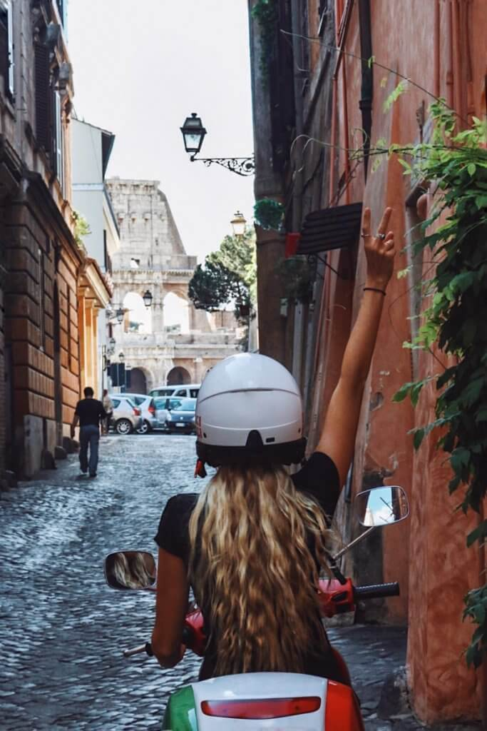 couples coordinates how to visit italy on a budget