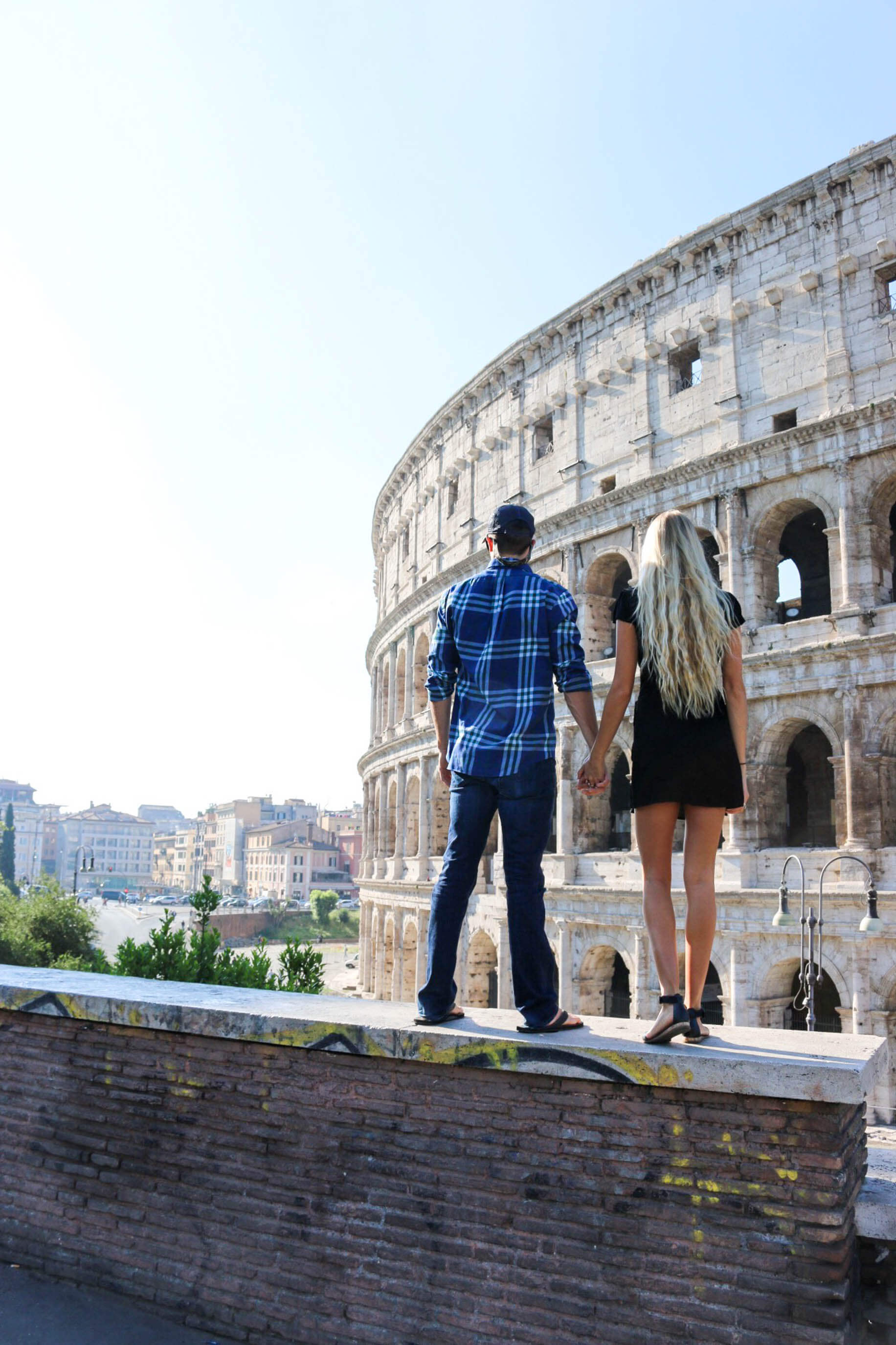 couples coordinates italy wedding destinations michael and alex at rome colosseum