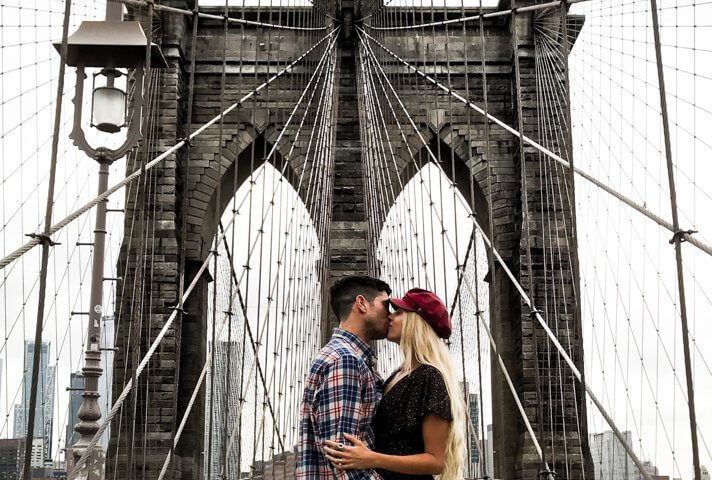 couples coordinates new york city date night brooklyn bridge feature image