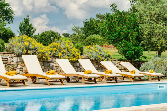 coordinates italy yoga retreat villa pool