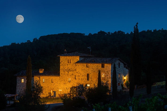 coordinates italy yoga retreat villa at night