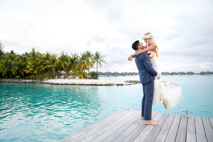 couples coordinates best honeymoon destinations four seasons bora bora